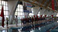 Yüzme Yarışları Nefes Kesti