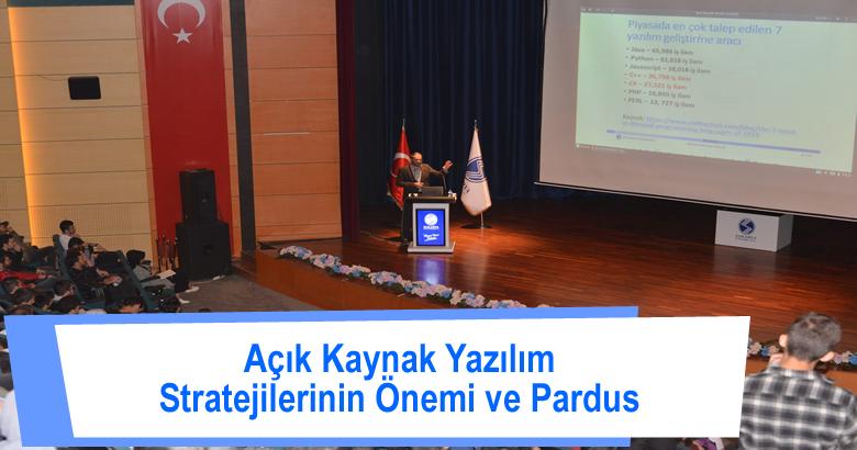"""""""Açık Kaynak Yazılım Stratejisinin önemi ve Pardus"""" başlıklı bir konferans düzenlendi."""