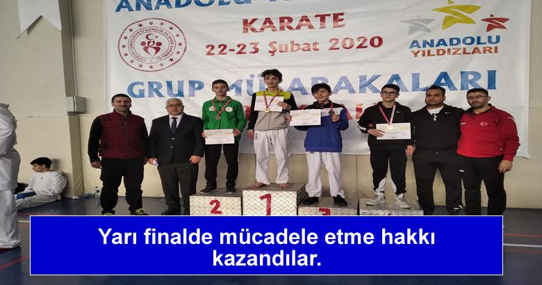 Yarı finalde mücadele etme hakkı kazandılar.