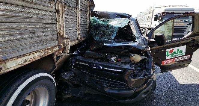 TEM Otoyolu Sakarya geçişinde feci kaza