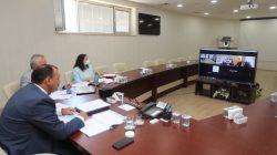 Sağlık Bakanı Fahrettin Koca ile telekonferans yöntemiyle görüştü.