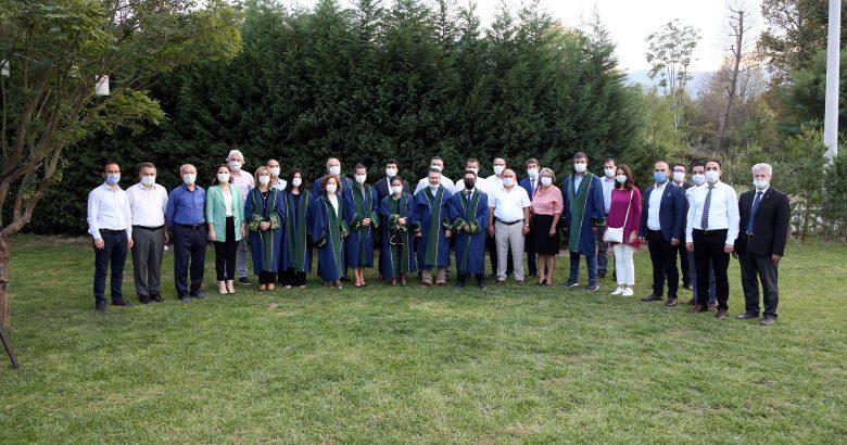 SUBÜ'de 12 akademisyenin unvanı değişti