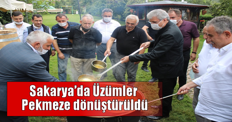 Sakarya'da Üzümler Pekmeze dönüştürüldü
