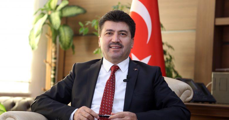 Rektör Sarıbıyık'tan 15 Temmuz mesajı