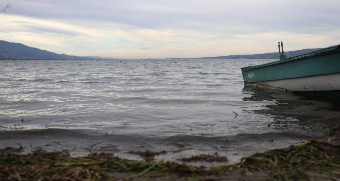 Sapanca Gölü, kritik seviyeden uzaklaşıyor