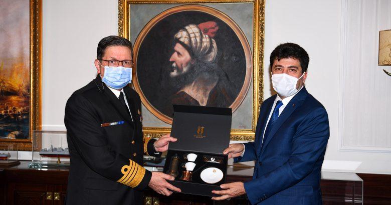 Sarıbıyık'tan Deniz Kuvvetleri Komutanı Özbal'a ziyaret