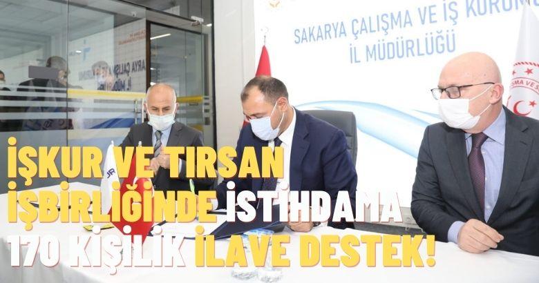 Vali Çetin Oktay Kaldırım, 'İşçi Alım İmza Töreni'ne katıldı.