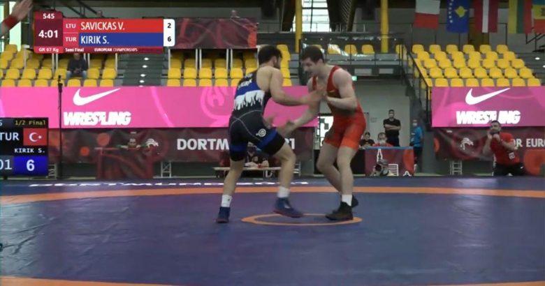 Avrupa Gençler Şampiyonası'nda finale çıktı
