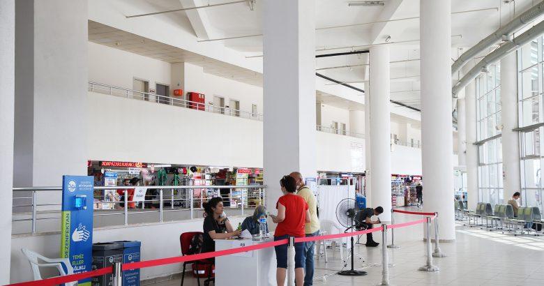 Büyükşehir Terminali'nde misafirler için randevusuz aşı başladı