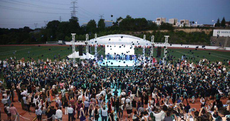 SUBÜ'de mezuniyet töreni için geri sayım