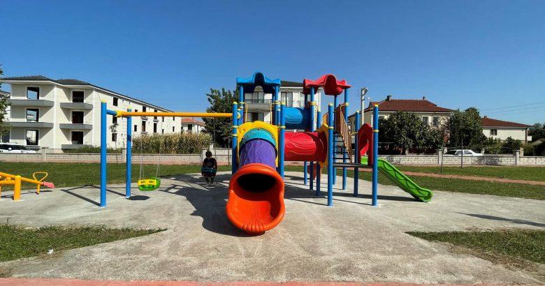 Arifiye'de 3 yeni park  hizmete sunuldu.