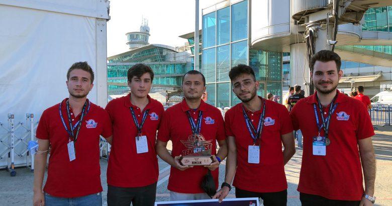 SUBÜ'lü öğrencilerden TEKNOFEST'te 2.lik